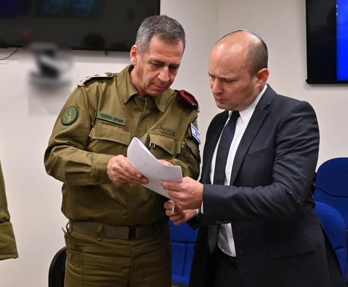 إعلام العدو يكشف عن مخطط لوزير جيش الإحتلال للسيطرة الصهيونية الكاملة على مناطق (ج)