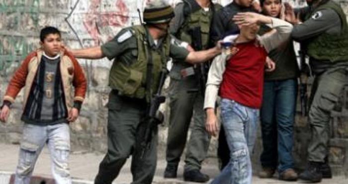 الاحتلال يعتقل فتيين من القدس المحتلة