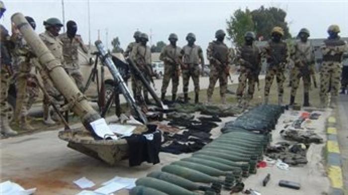 الجيش المصري يقتل ثلاثة مسلحين ويضبط متفجرات واسلحة بسيناء